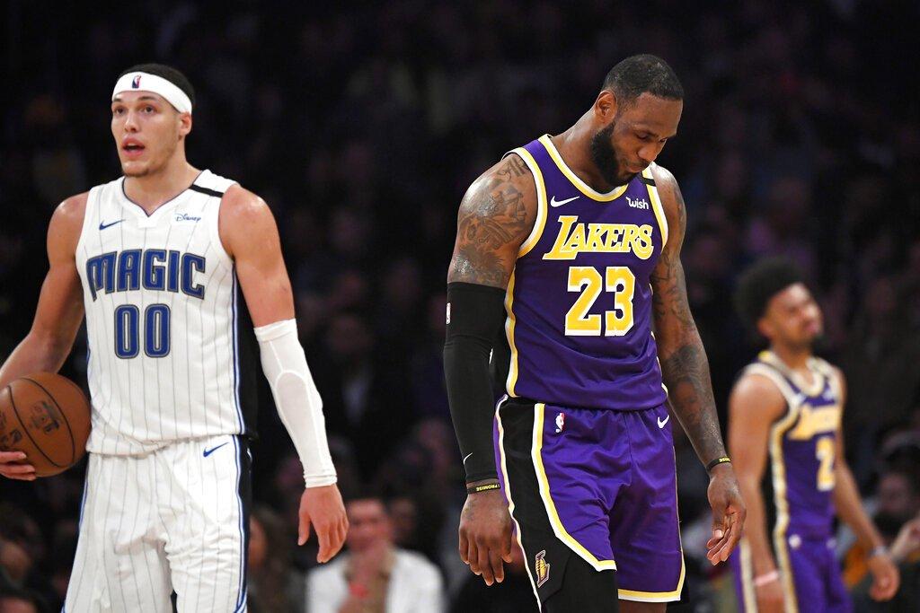 Magic beat Lakers