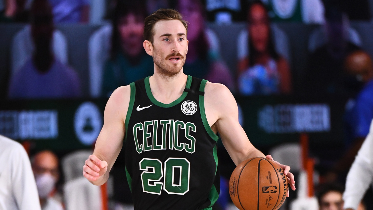Hayward not leaving Bubble for the birth of 4th child!