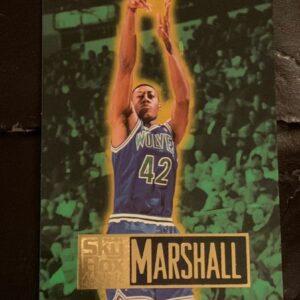 Rookie Donyell Marshall Card