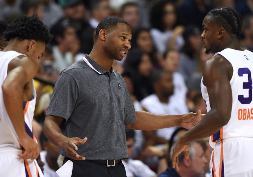 Suns' Willie Green strong frontrunner for Pelican's HC job!
